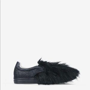NWOB Maison Margiela black faux fur shoes. Size 38